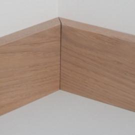 Plinthes massif chêne rustique 10x70