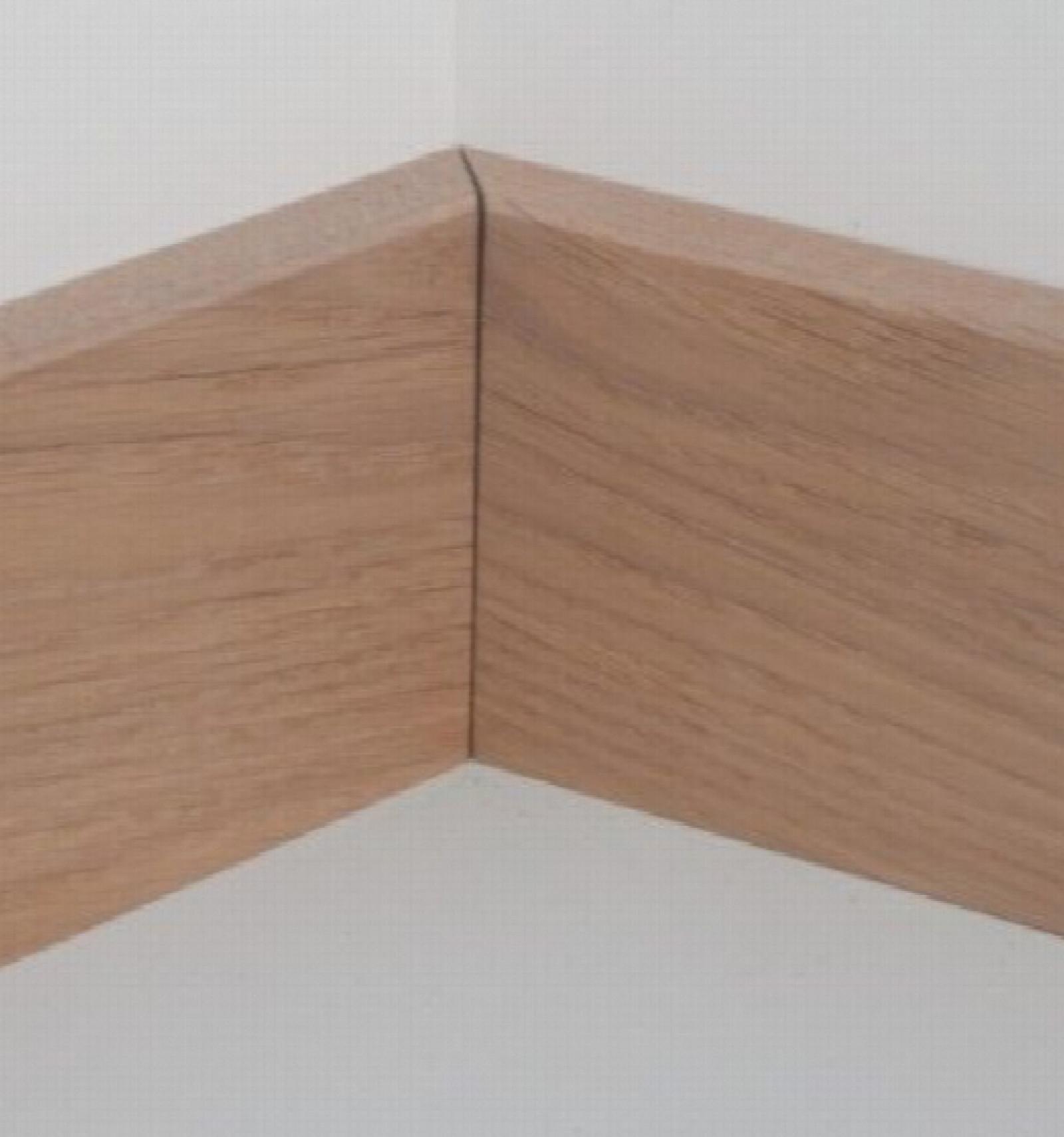 plinthes massif ch ne rustique 10x70 plinthes. Black Bedroom Furniture Sets. Home Design Ideas