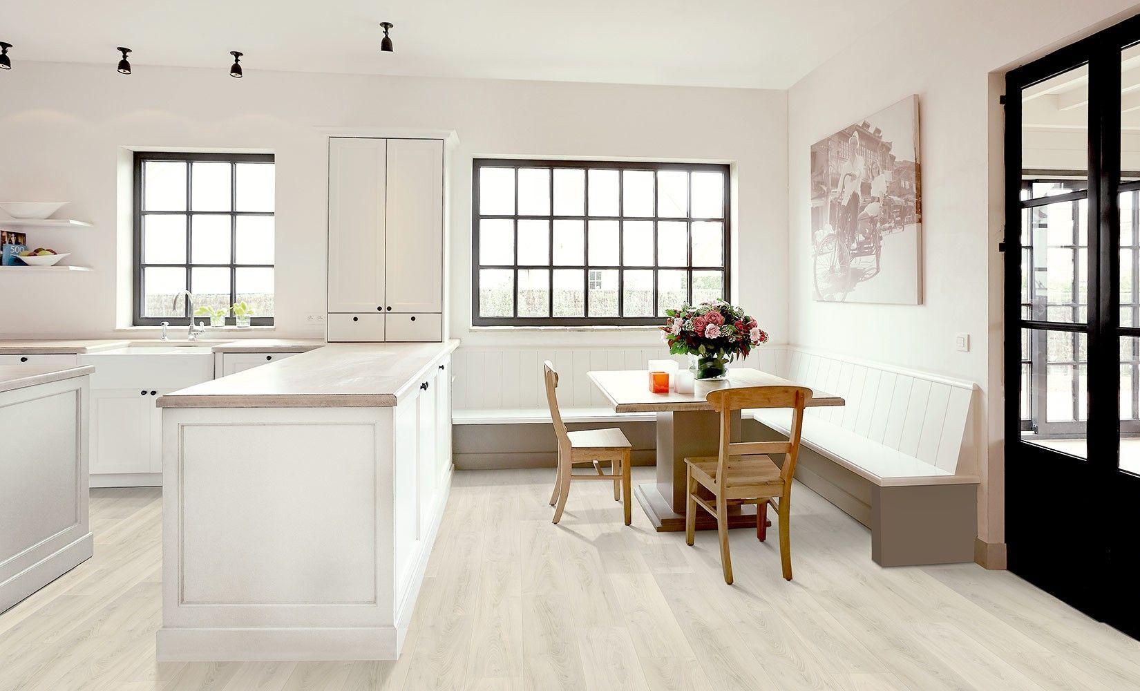 comment entretenir un parquet en bois huil s parqueterie. Black Bedroom Furniture Sets. Home Design Ideas
